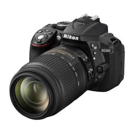 Digitalni fotoaparat Nikon D5300 + AF18-55mm VR